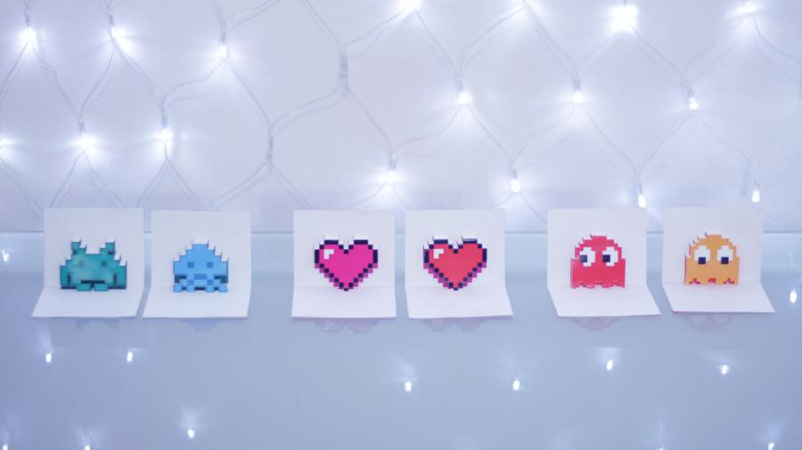 cartão 3d pop up 8 bit pac man space invaders coração pixel art